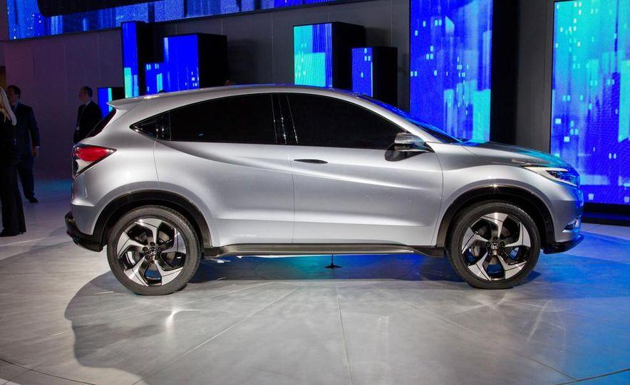Honda Urban SUV concept - Slide 8