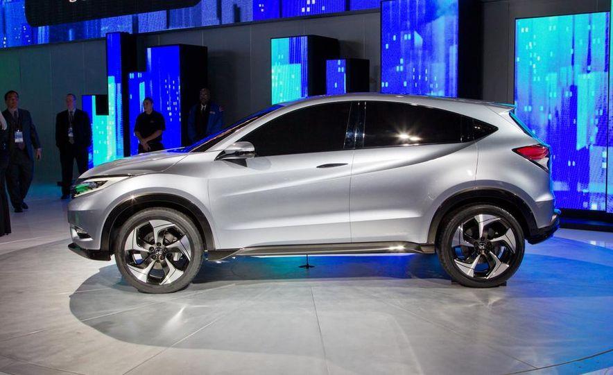Honda Urban SUV concept - Slide 12