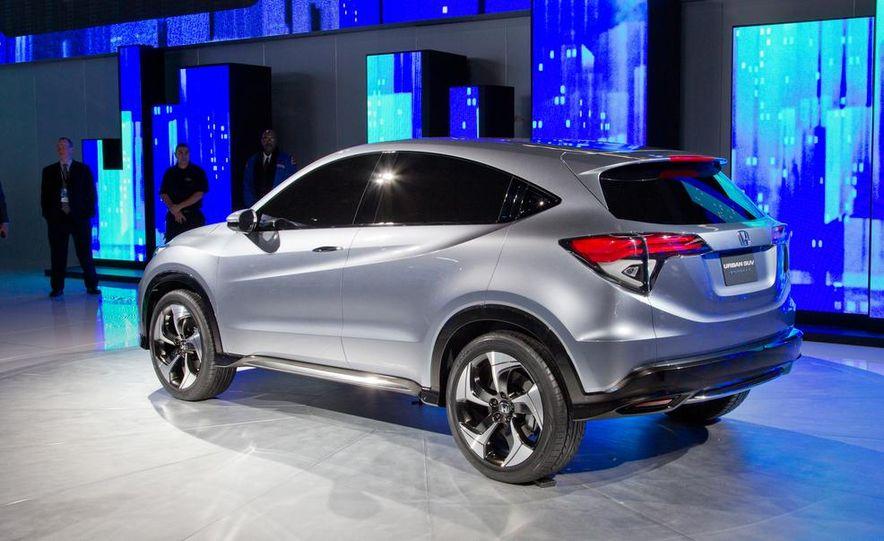 Honda Urban SUV concept - Slide 15