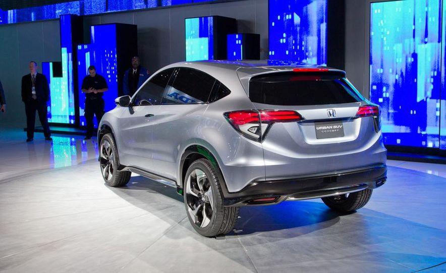 Honda Urban SUV concept - Slide 16