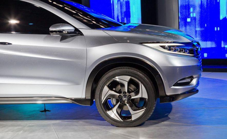 Honda Urban SUV concept - Slide 24