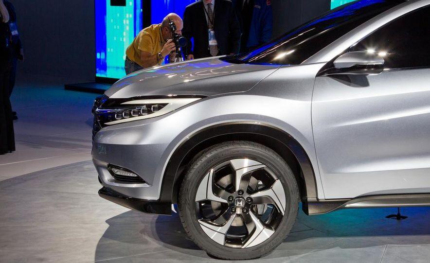 Honda Urban SUV concept - Slide 26