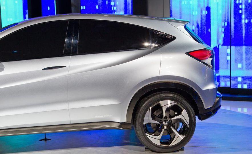 Honda Urban SUV concept - Slide 27