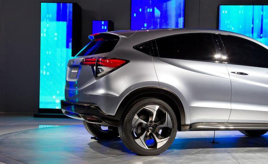 Honda Urban SUV concept - Slide 28