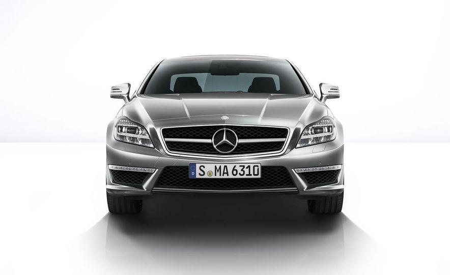 2014 Mercedes-Benz CLS63 AMG S-Model 4MATIC sedan - Slide 5