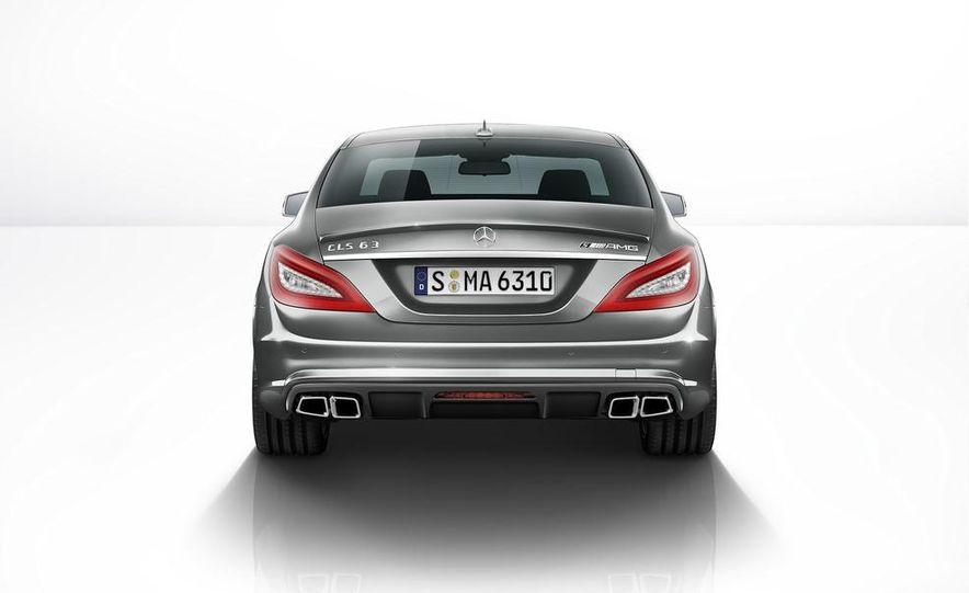2014 Mercedes-Benz CLS63 AMG S-Model 4MATIC sedan - Slide 6