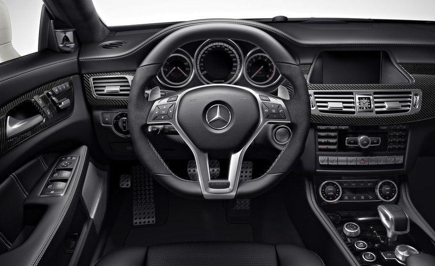 2014 Mercedes-Benz CLS63 AMG S-Model 4MATIC sedan - Slide 15