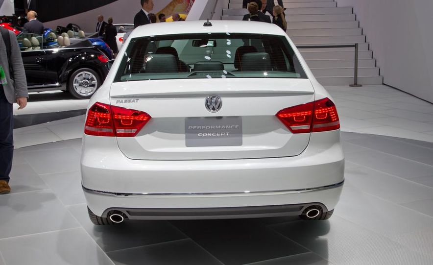 Volkswagen Passat Performance concept - Slide 4