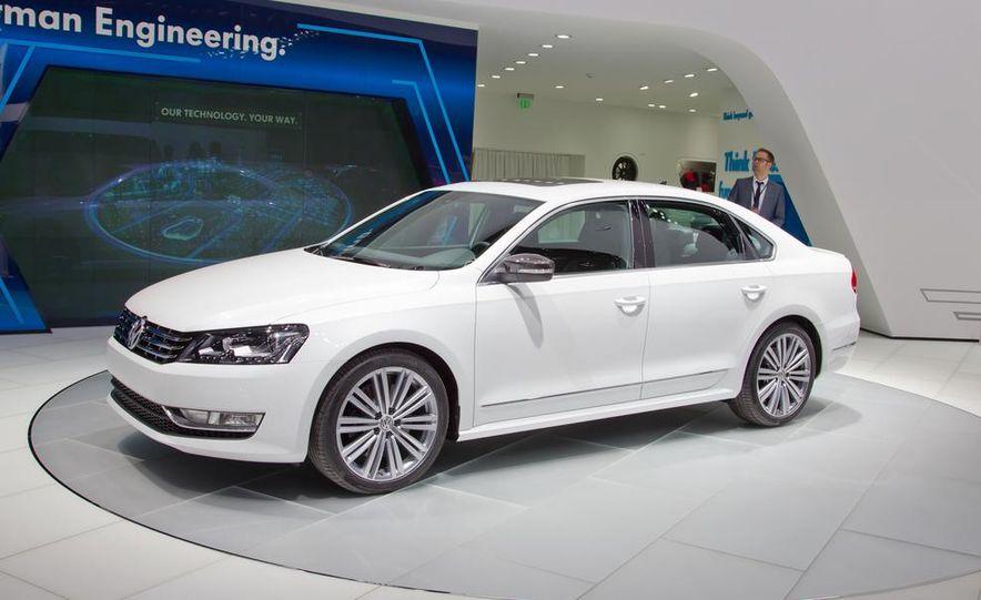 Volkswagen Passat Performance concept - Slide 10