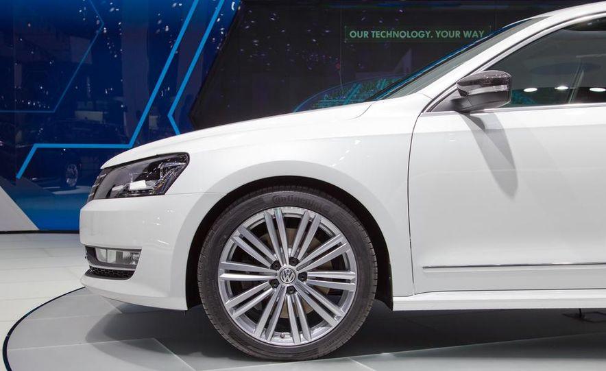 Volkswagen Passat Performance concept - Slide 13