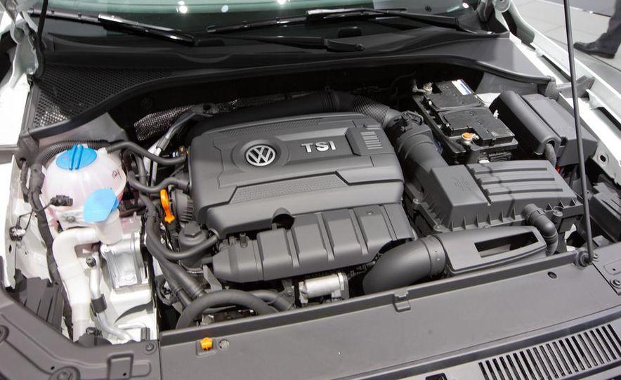 Volkswagen Passat Performance concept - Slide 22