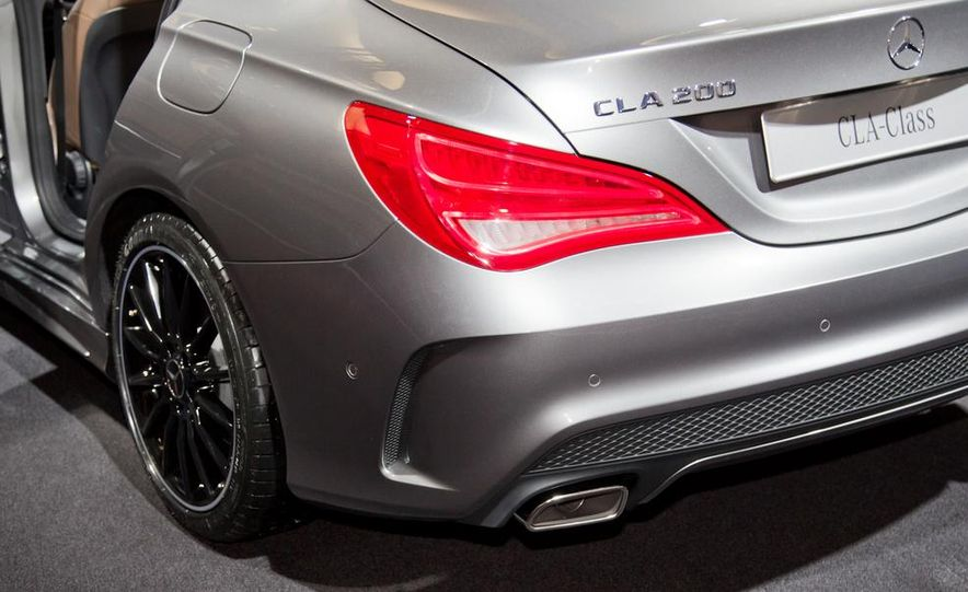 2014 Mercedes-Benz CLA200 Edition 1 - Slide 12