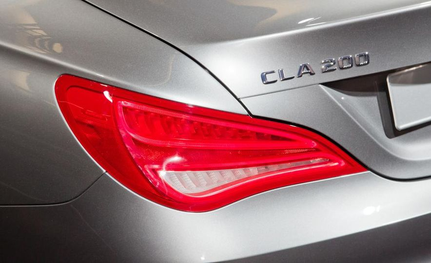 2014 Mercedes-Benz CLA200 Edition 1 - Slide 14