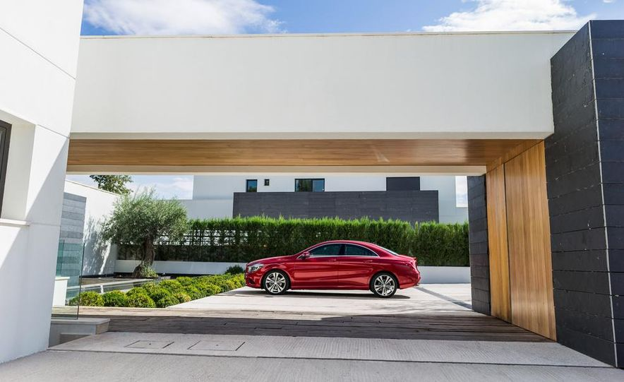 2014 Mercedes-Benz CLA200 Edition 1 - Slide 44