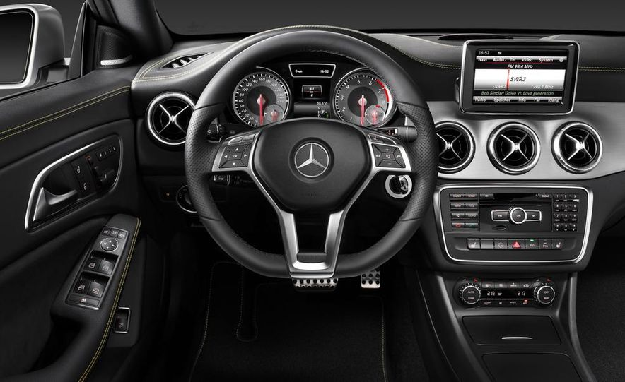 2014 Mercedes-Benz CLA200 Edition 1 - Slide 40