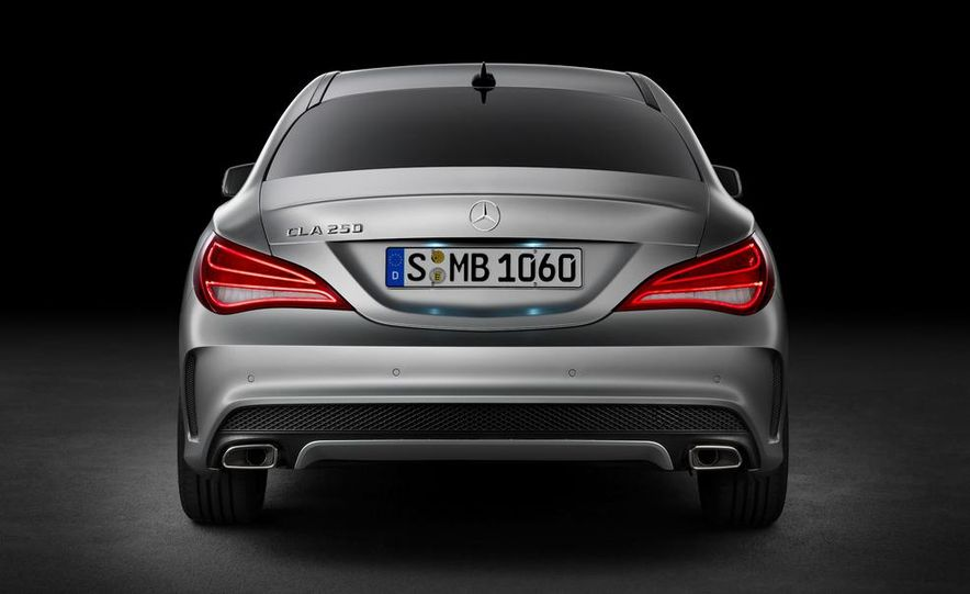 2014 Mercedes-Benz CLA200 Edition 1 - Slide 37