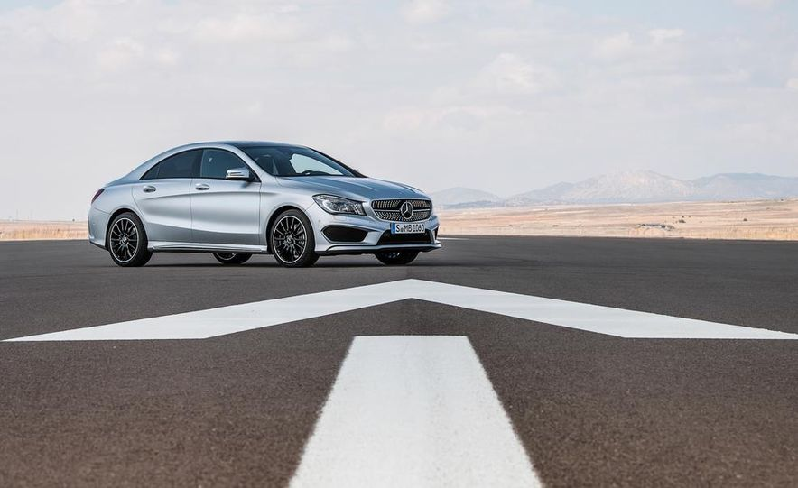 2014 Mercedes-Benz CLA200 Edition 1 - Slide 24