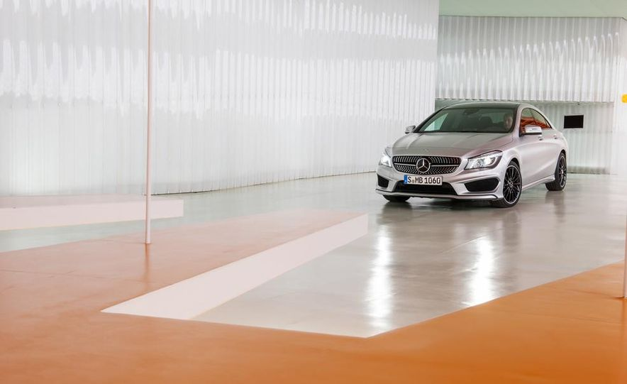 2014 Mercedes-Benz CLA200 Edition 1 - Slide 32