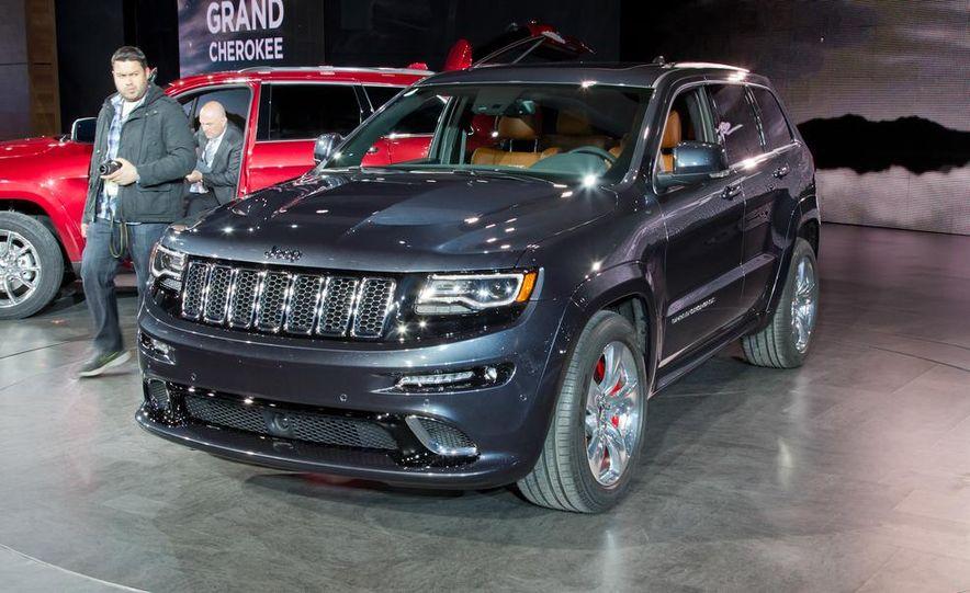 2014 Jeep Grand Cherokee SRT - Slide 10