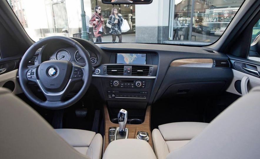 2013 BMW x3 xDrive28i - Slide 15