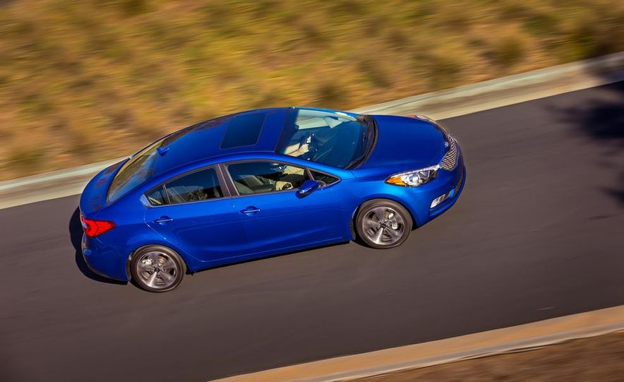 2014 Kia Forte EX GDI sedan - Slide 3