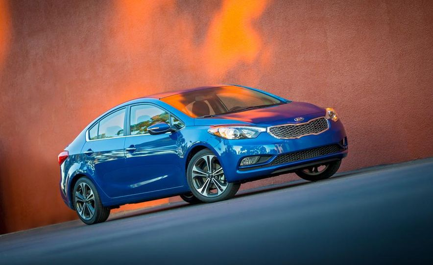 2014 Kia Forte EX GDI sedan - Slide 13