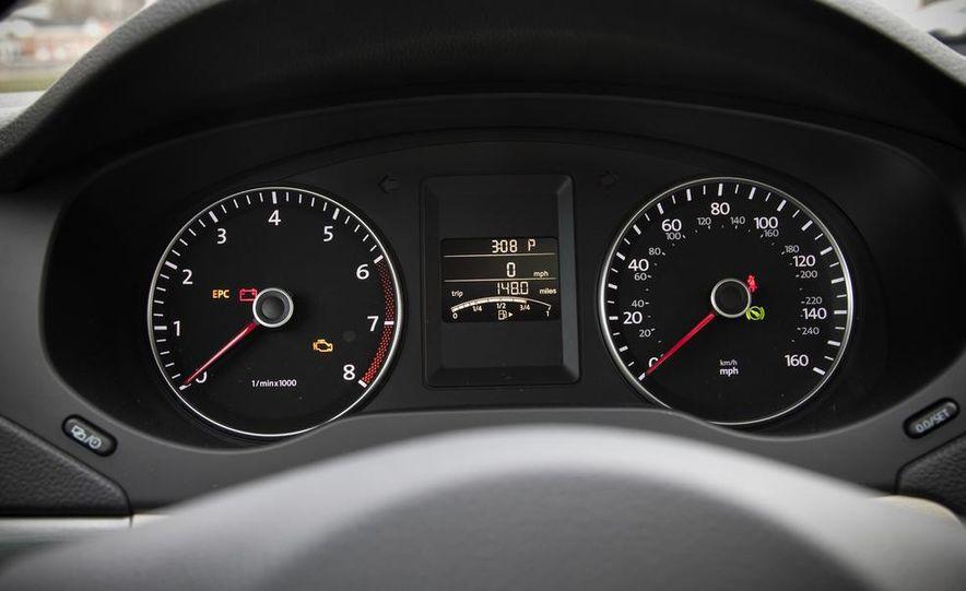 2013 Volkswagen Jetta GLI and TDI - Slide 30