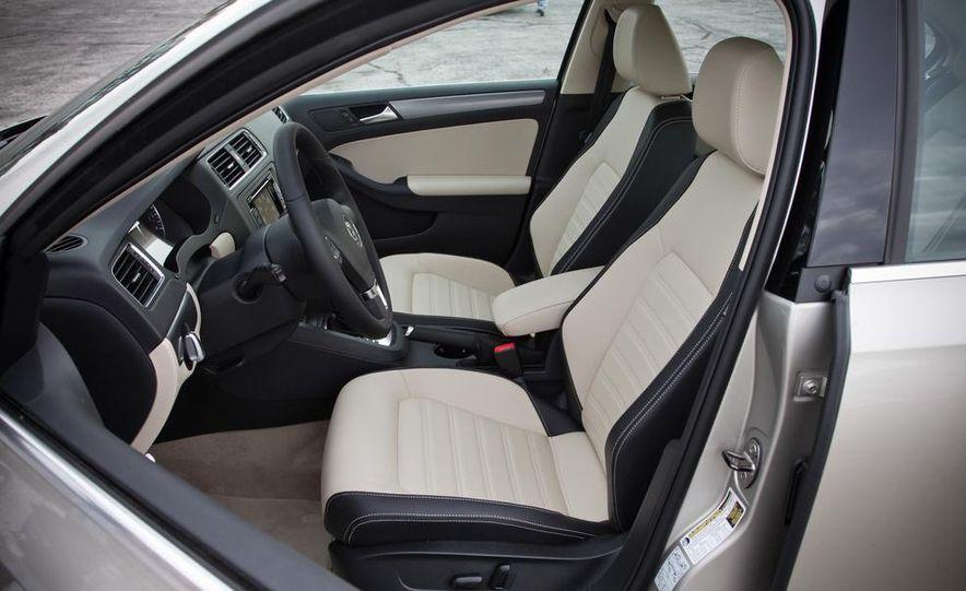 2013 Volkswagen Jetta GLI and TDI - Slide 26