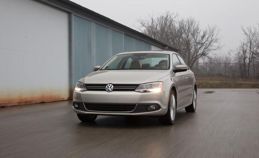 2013 Volkswagen Jetta GLI and TDI - Slide 14