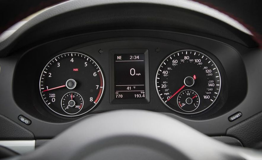 2013 Volkswagen Jetta GLI and TDI - Slide 48