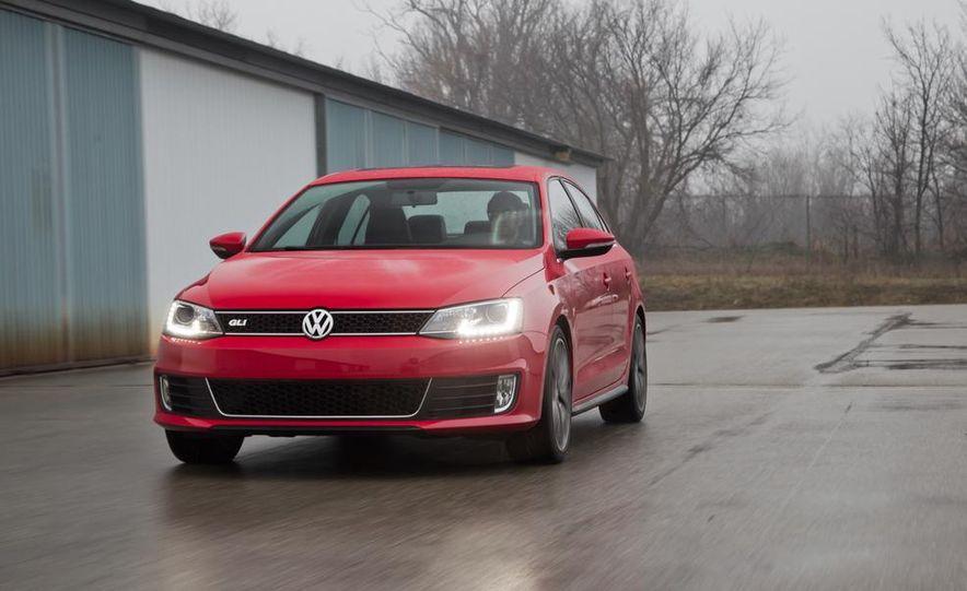 2013 Volkswagen Jetta GLI and TDI - Slide 36
