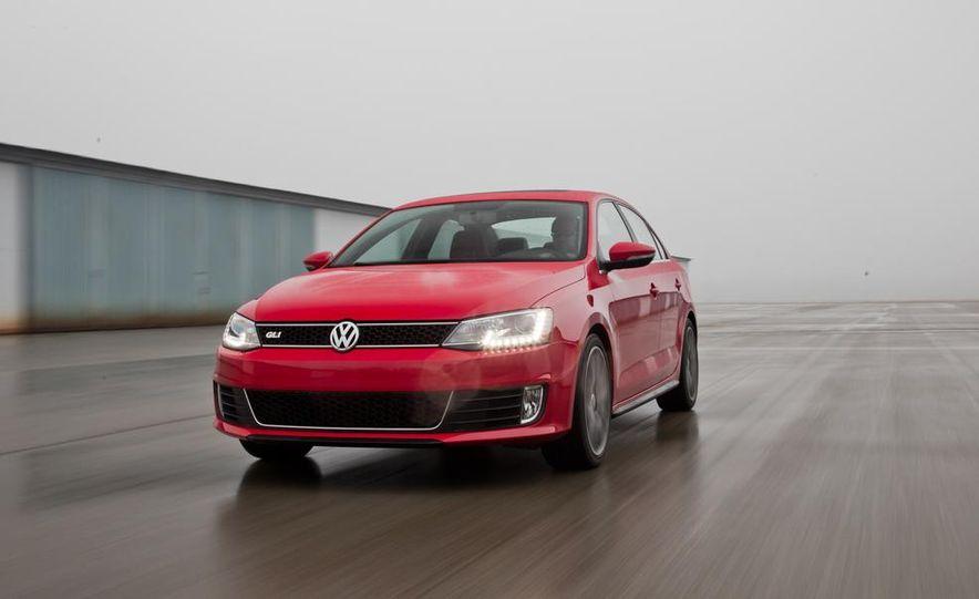 2013 Volkswagen Jetta GLI and TDI - Slide 37