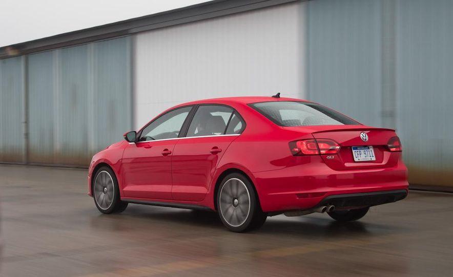 2013 Volkswagen Jetta GLI and TDI - Slide 38