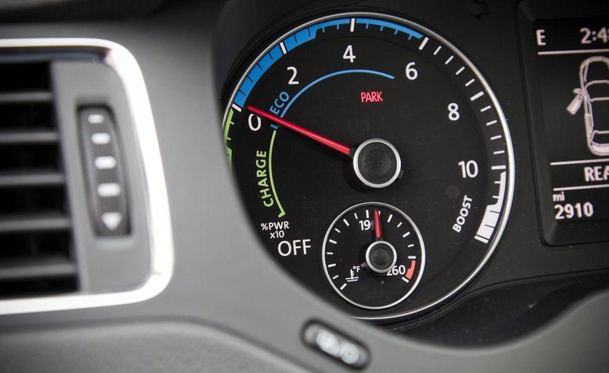 2013 Volkswagen Jetta GLI and TDI - Slide 81