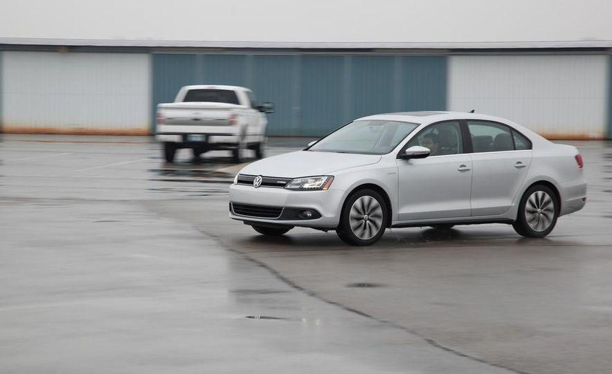 2013 Volkswagen Jetta GLI and TDI - Slide 51