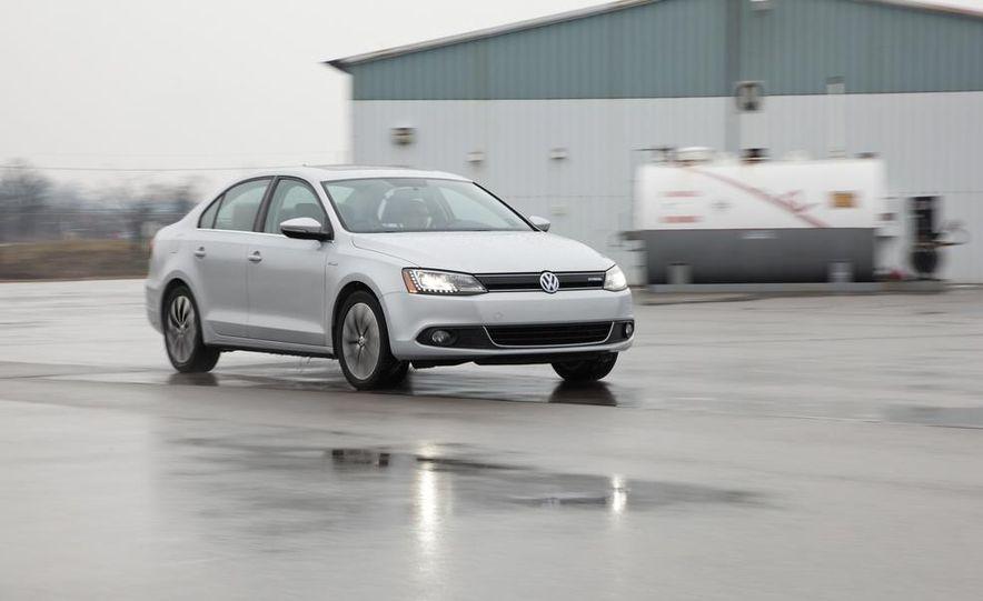 2013 Volkswagen Jetta GLI and TDI - Slide 54
