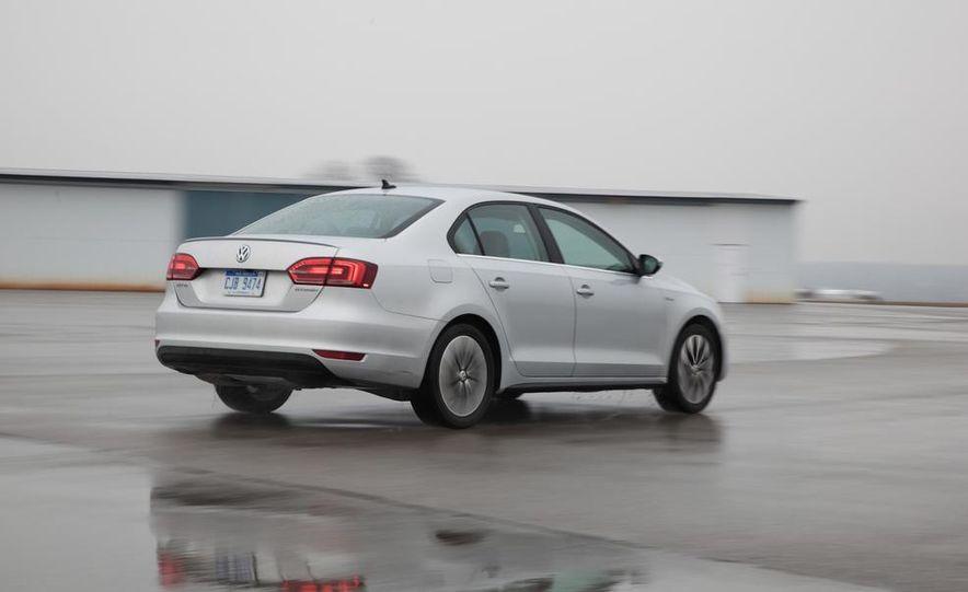 2013 Volkswagen Jetta GLI and TDI - Slide 56