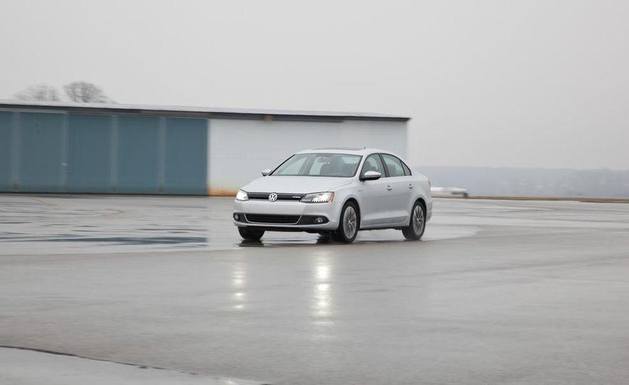2013 Volkswagen Jetta GLI and TDI - Slide 57