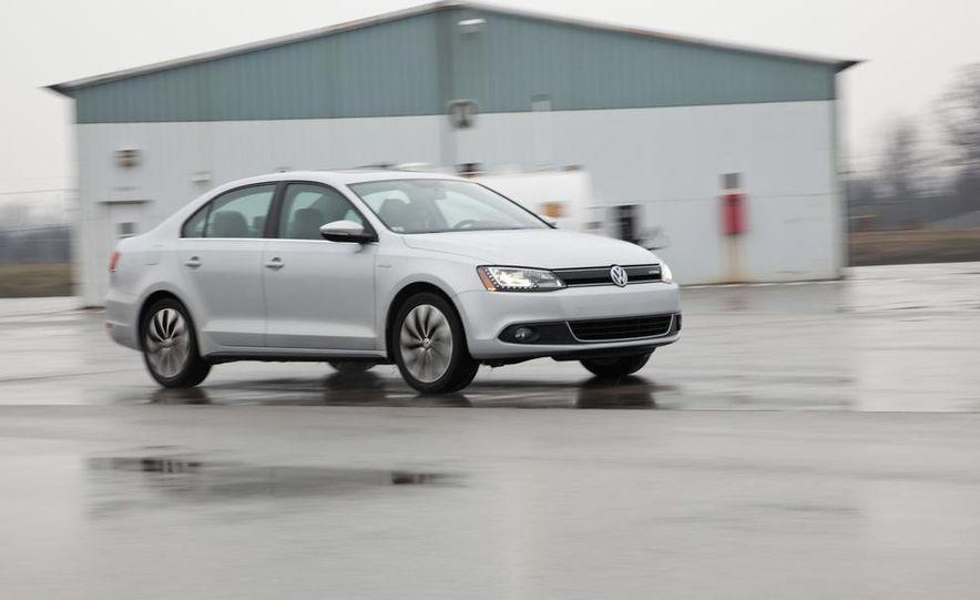 2013 Volkswagen Jetta GLI and TDI - Slide 59