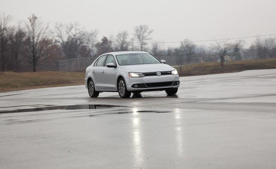 2013 Volkswagen Jetta GLI and TDI - Slide 61