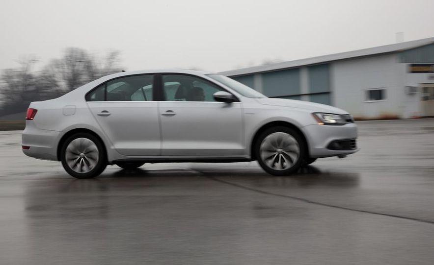 2013 Volkswagen Jetta GLI and TDI - Slide 62