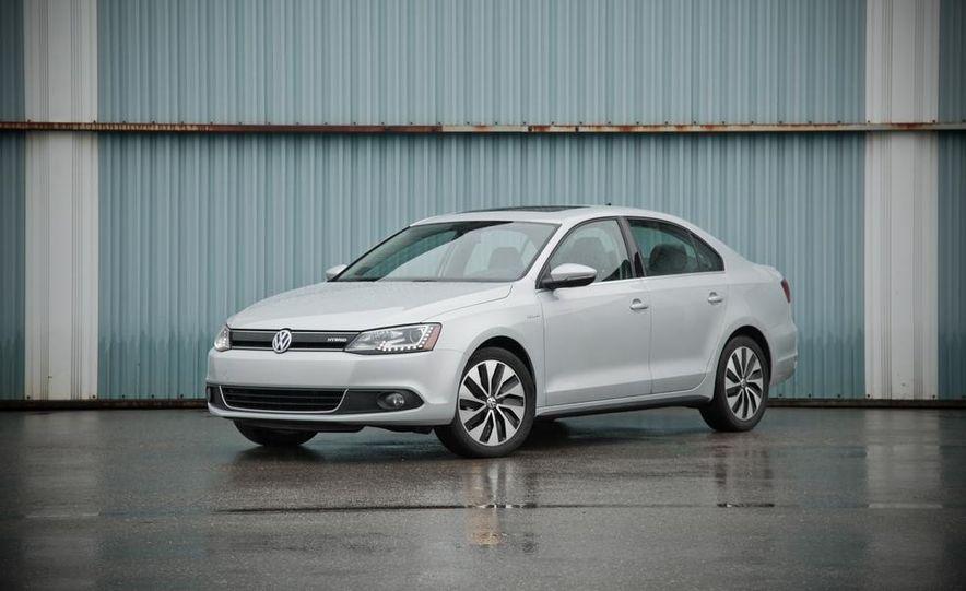 2013 Volkswagen Jetta GLI and TDI - Slide 65