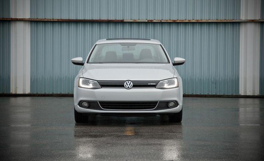 2013 Volkswagen Jetta GLI and TDI - Slide 66