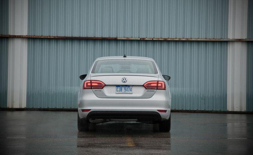 2013 Volkswagen Jetta GLI and TDI - Slide 67