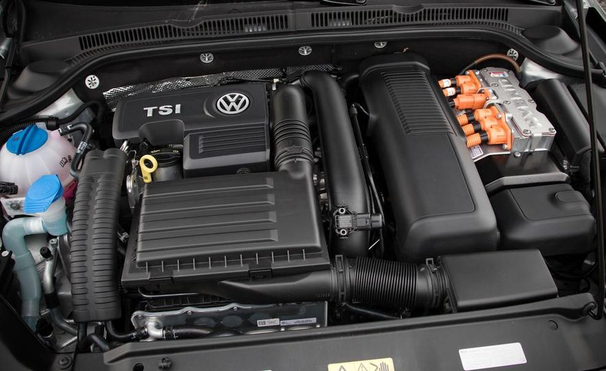 2013 Volkswagen Jetta GLI and TDI - Slide 83