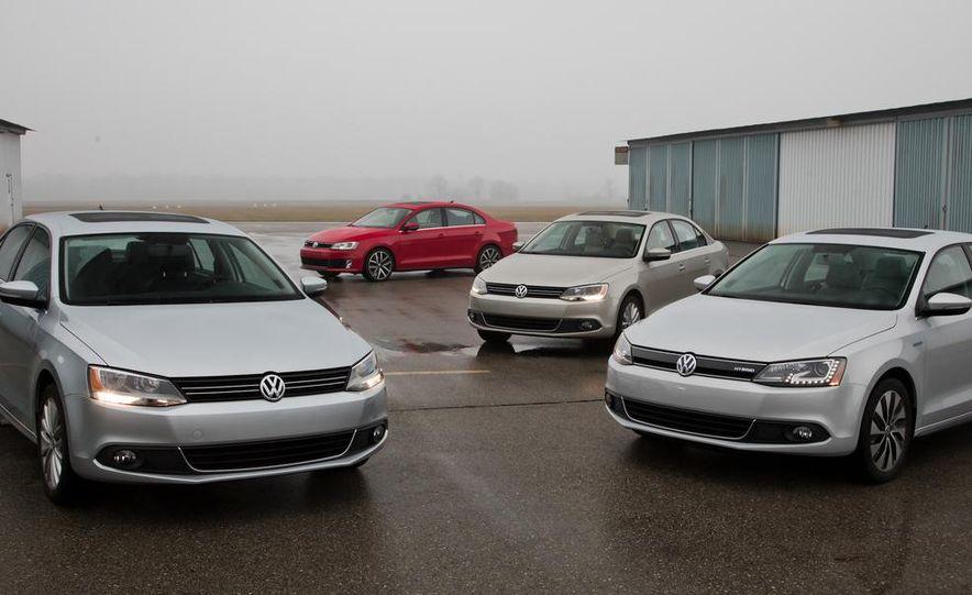 2013 Volkswagen Jetta GLI and TDI - Slide 8