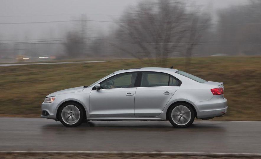 2013 Volkswagen Jetta GLI and TDI - Slide 85