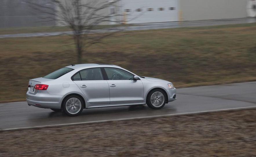 2013 Volkswagen Jetta GLI and TDI - Slide 89