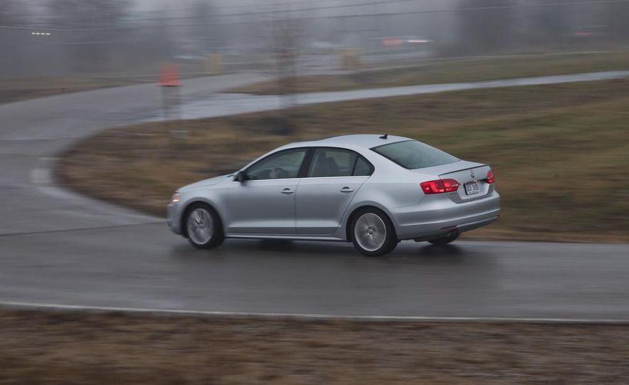 2013 Volkswagen Jetta GLI and TDI - Slide 91