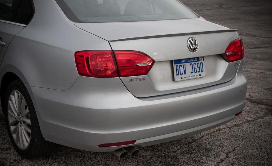 2013 Volkswagen Jetta GLI and TDI - Slide 95